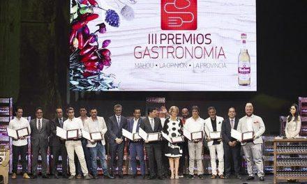 UNOS 200 RESTAURANTES Y CHEFS CANARIOS ASPIRAN A LOS IV PREMIOS MAHOU – LA OPINIÓN – LA PROVINCIA DE GASTRONOMÍA