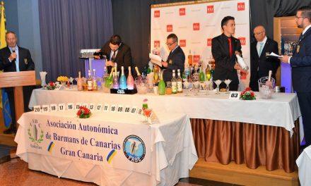 LOS BARMANS DE MASPALOMAS CELEBRAN UN CONCURSO DE COCTELERÍA