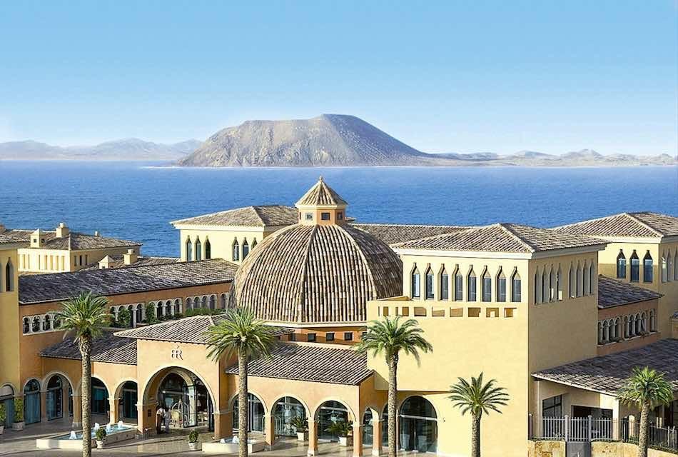 EL GRAN HOTEL ATLANTIS BAHÍA REAL APUESTA POR EL PRODUCTO LOCAL SUMÁNDOSE AL PROYECTO «CRECER JUNTOS»