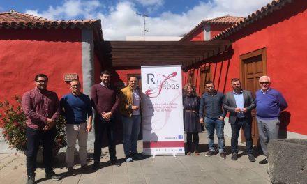 CÁMARA, AYUNTAMIENTOS Y ASOCIACIONES SORTEAN LOS PREMIOS DE LA VII RUTA DE CRUCES